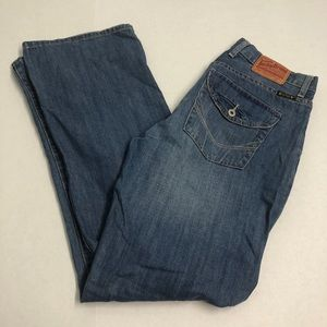 Blue denim bootleg jeans pants size 32 lucky brand